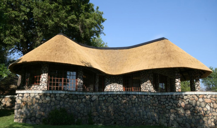 Thatched roof house plans for Thatched house plans