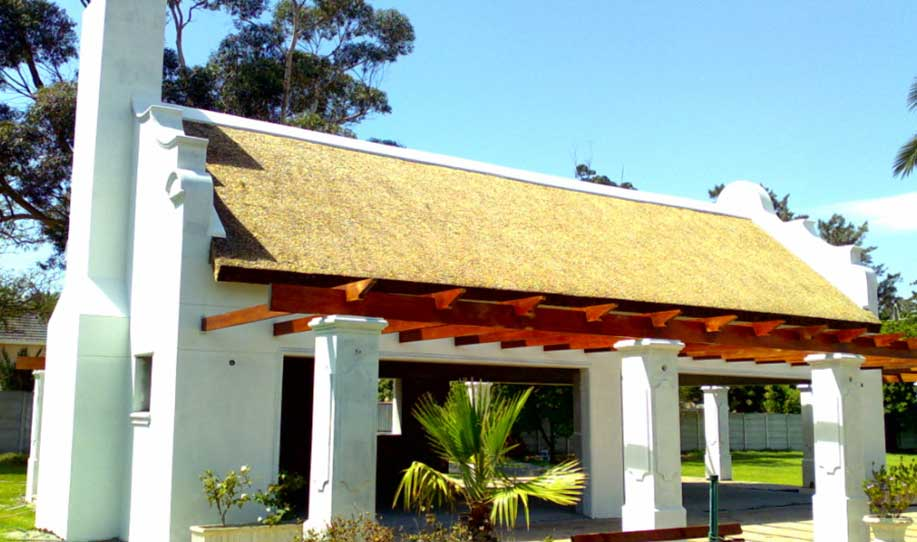 valuable thatching tips for contractors as well as clients - Thatched Rood